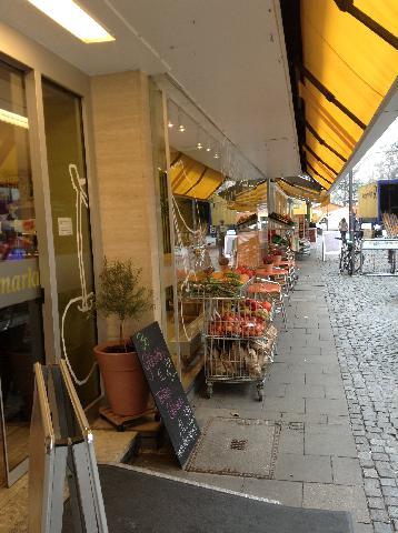 - Gruener Markt -